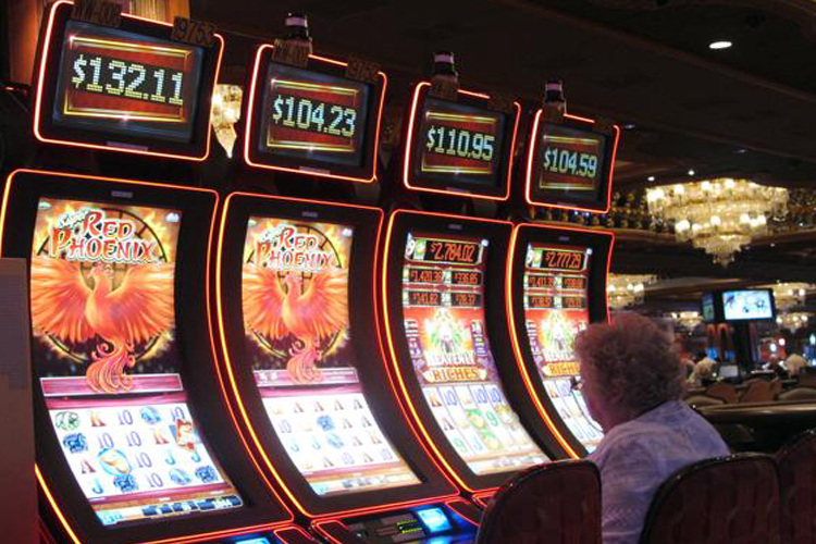 Online Slots versus Live Casino Machines